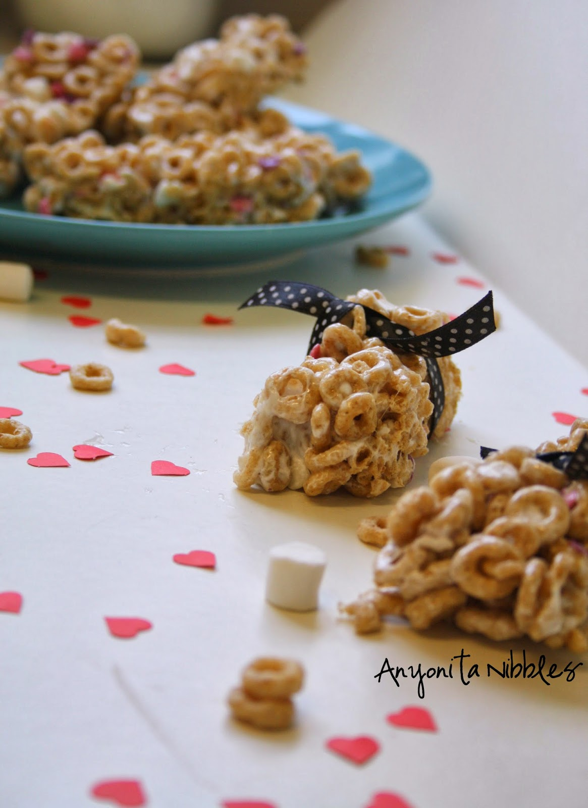 Eat your breakfast on the run with these delicious homemade milk & cereal bars.