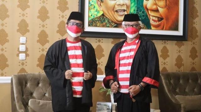 Pagi-pagi Sujiwo Tejo Gedor Pintu Rumah Mahfud MD Buat Bahas MU Usai Ronaldo Pulang