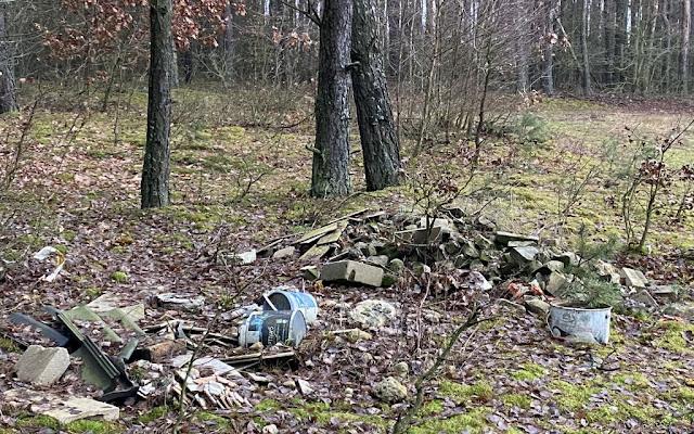 O krzyku, którego nie słychać, czyli śmieci w lesie - Czytaj więcej »