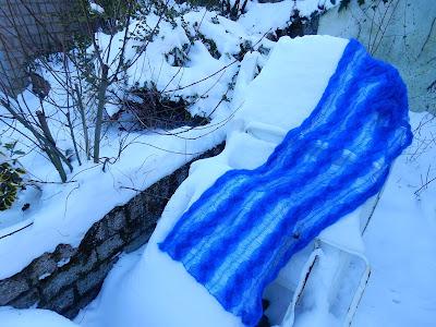 Kobaltblauwe wollen sjaals,blaauwe shawls.