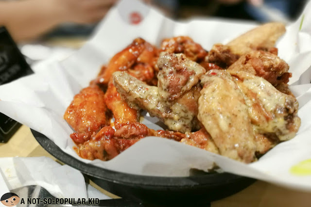 Sports and Flavors in Buffalo Wild Wings of Glorietta 2, Makati City