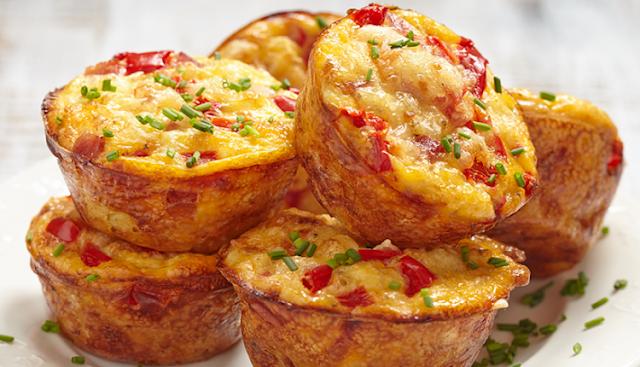 قائمة افطار رمضان 2020 - طبق جانبي ومقبلات - طريقة عمل مافن حادق (مالح) بالدجاج والجبن