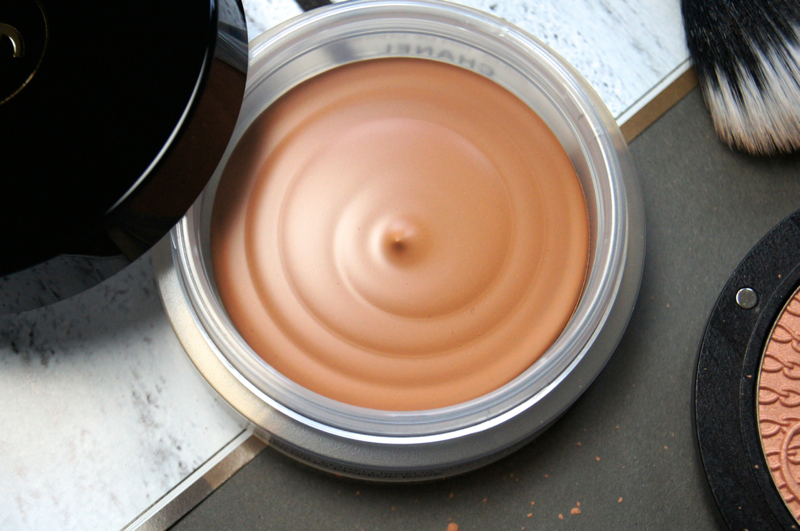 chanel soleil tan de chanel bronzing base review swatch