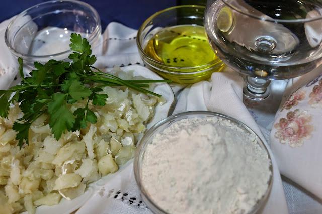 Ingredientes para buñuelos de bacalao