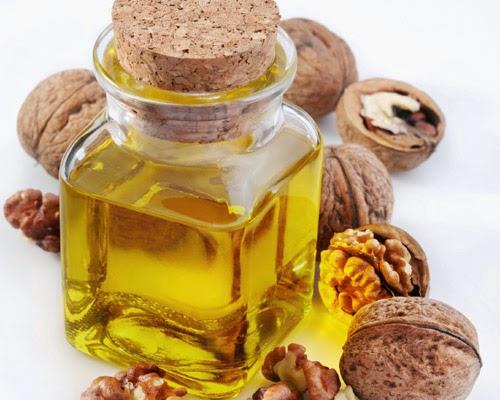 Aceite de oliva virgen extra y frutos secos reducen el colesterol. Estudio predimed