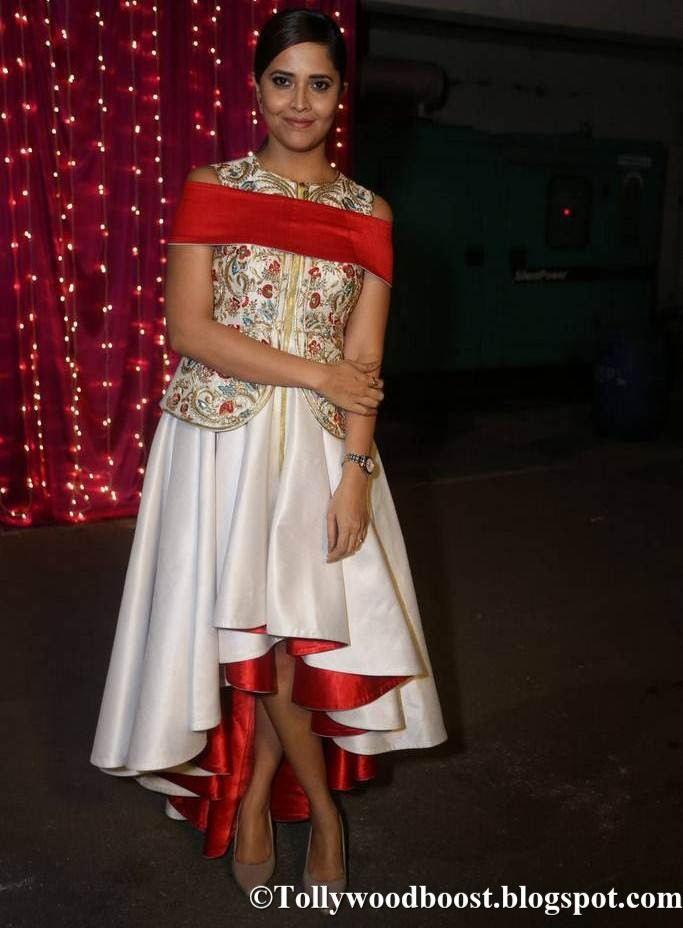 Anchor Anasuya At Zee Telugu Apsara Awards 2017 In White Dress
