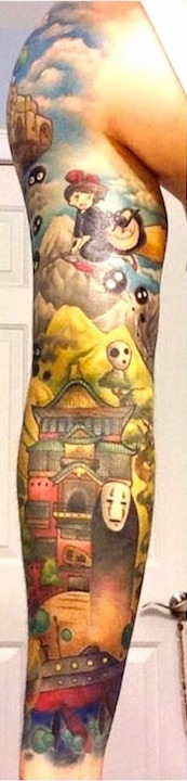 foto 2 de todo el mundo de miyazaki en los brazos