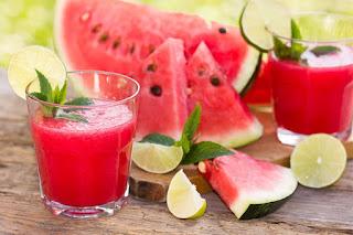 فوائد البطيخ الأحمر للجسم والبشرة