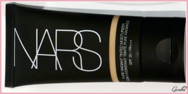 Pure Radiant Tinted Moisturizer SPF 30 de Nars