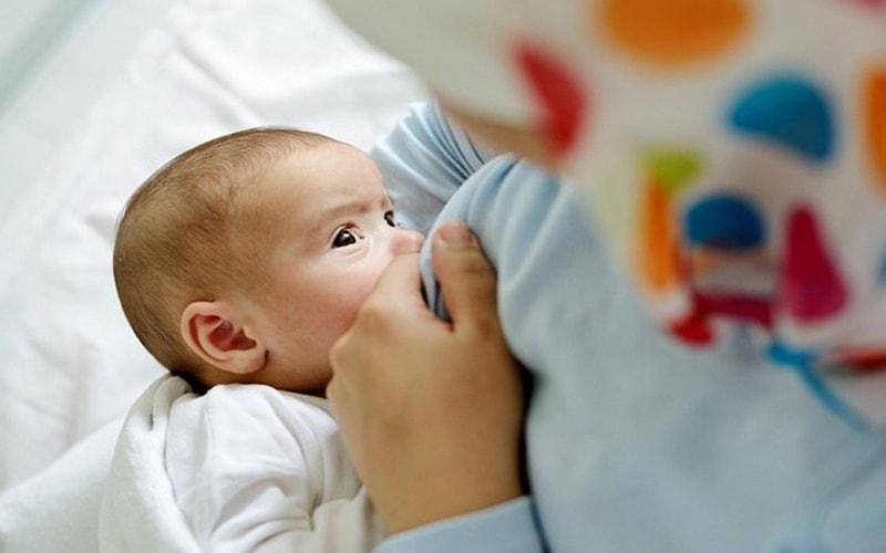 Manfaat ASI Eksklusif Bagi Bayi dan Ibunya