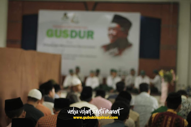 """Peringati Haul 1 Dekade Gus Dur - Gusdurian Probolinggo Adakan Acara Bertajuk """"Kemanusiaan Melestarikan Kebudayaan"""""""