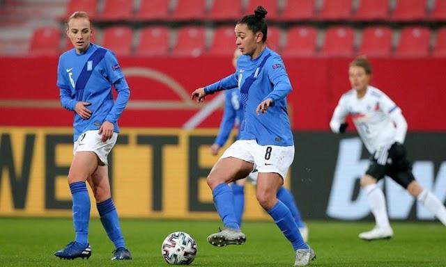 Εκπρόσωποι του γυναικείου ποδοσφαίρου: ''Παίξαμε στην Εθνική, χωρίς να έχουμε κάνει προπόνηση''