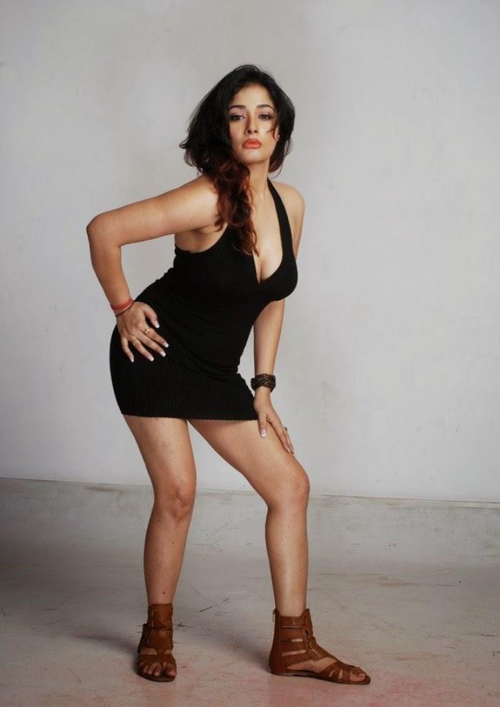 Kiran Rathod Nude Photos 24