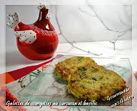 http://gourmandesansgluten.blogspot.fr/2014/08/galette-de-courgettes-au-curcuma-et.html