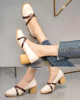 Model sepatu chunky high heels Korean style untuk kaki besar wanita