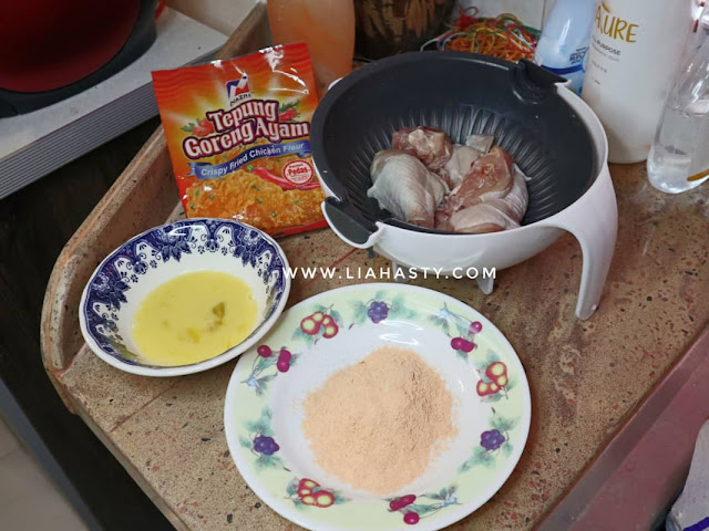 Ayam Goreng Crispy dengan Nazri Crispy Fried Chicken Powder