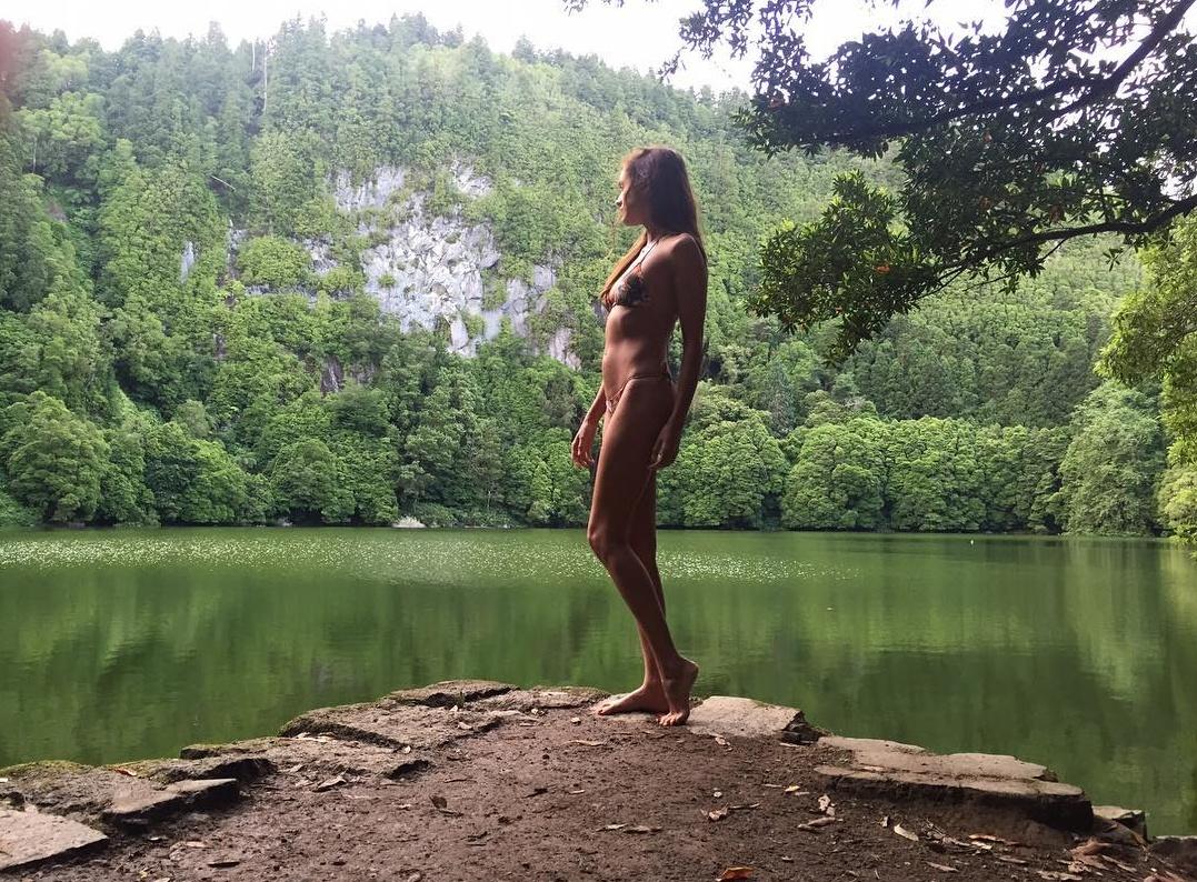 Iva Lamarão Looking Beautiful and Sexy in Bikini
