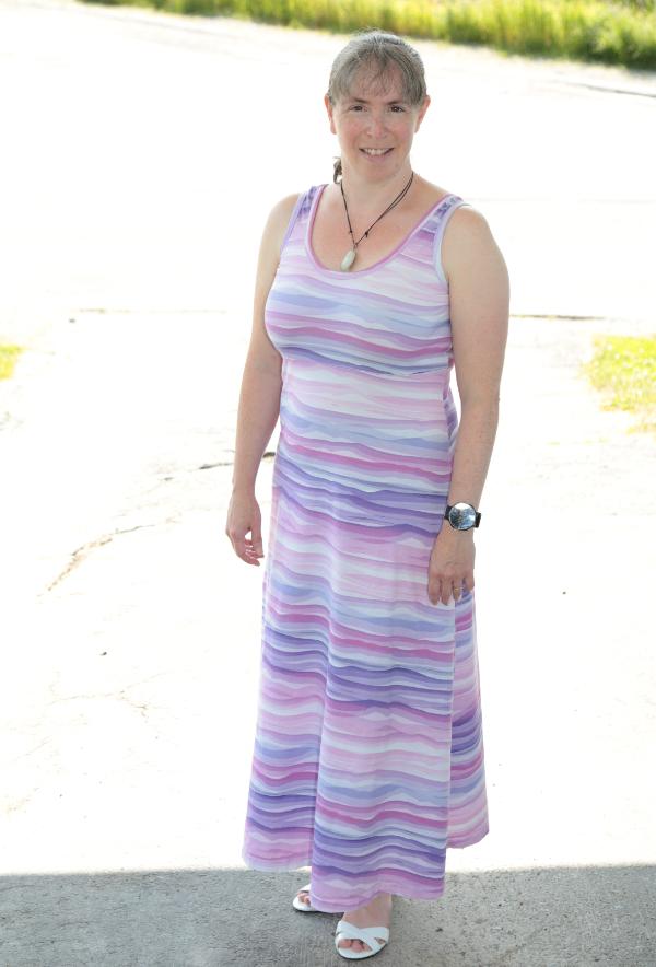 Summer Basics dress | DevotedQuilter.com