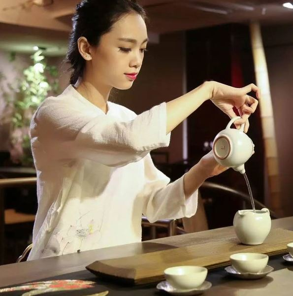 More than ten countries produce tea
