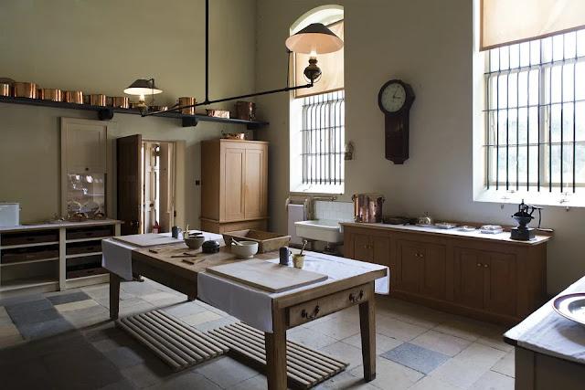 cucina-pavimento-piastrelle-ceramica