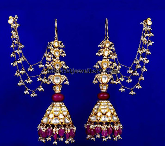 Kundan Earrings by Vasundhara Jewellers