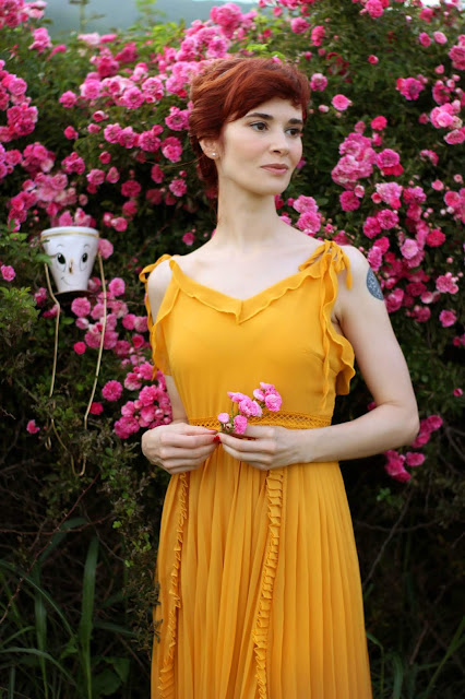 SheIn Yellow Ruffle Dress Cosplay Beauty and The Beast Belle