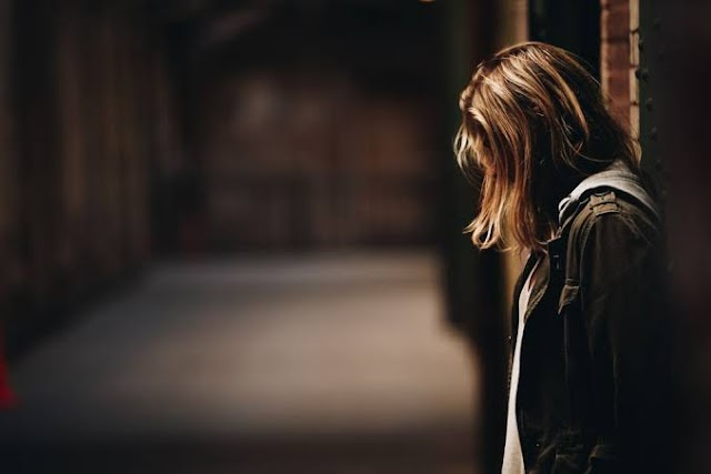 8 Cara Menghilangkan Sedih