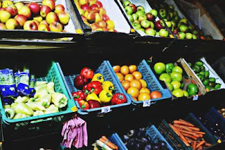 fruits-and-vegetable-shop