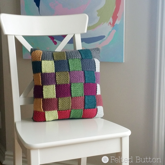 Crisscross Catona Cushion Cover (free crochet pattern) by Susan Carlson of Felted Button
