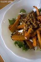 (Sałatka z pieczoną marchewką i fetą