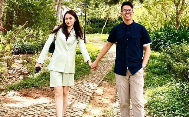 Vì sao chuyện hẹn hò của Hương Giang và CEO gây tranh cãi?