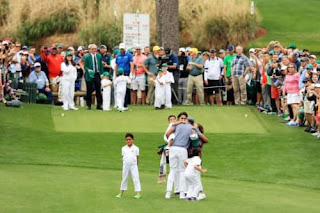 Tony Finau Celebrating With His Family On The Course