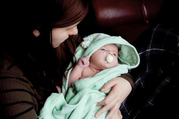 7 Toko Online Perlengkapan Bayi Murah Dan Terpercaya