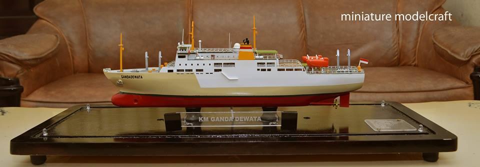 produsen pengrajin miniatur kapal penumpang pelni km ganda dewata temanggung indonesia terpercaya