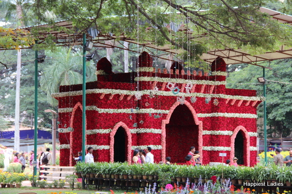 Dasara Flower Show 2016 - India Gate Rose Model