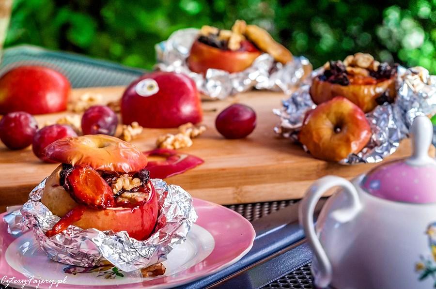 Grillowane-jablka-nadziewane-bakaliami