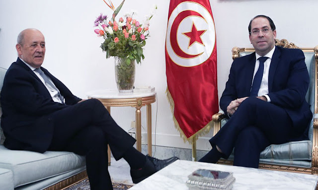 يوسف الشاهد يلتقي وزير الخارجية الفرنسي (صور)