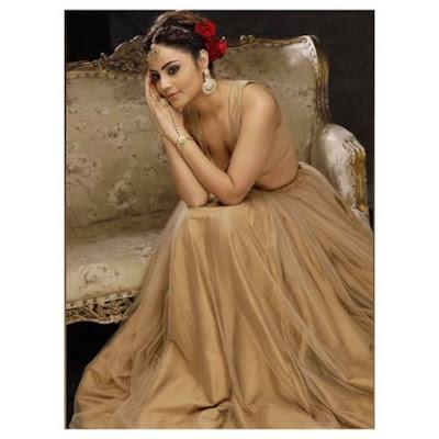 Minakshi Jaiswal bollywood actress