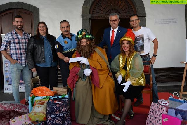 Los emisarios de los Reyes Magos participan en la  Campaña de Recogida de Juguetes de Santa Cruz de La Palma