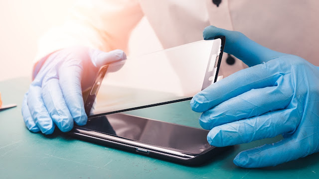 How To Apply a Screen Protector Perfectly