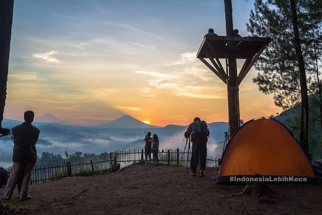 foto sunrise di bukit pentulu indah