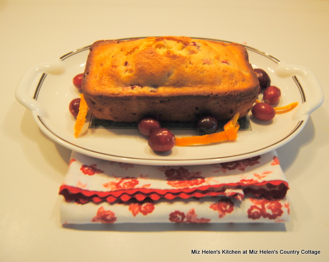 Orange Cranberry Bread at Miz Helen's Country Cottage