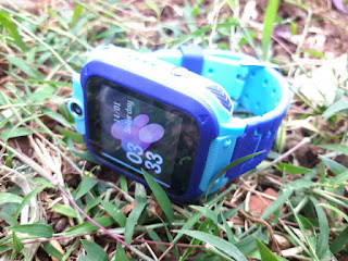 Jam Smartwatch Setracker Q12 GSM GPS Camera IP68 Waterproof