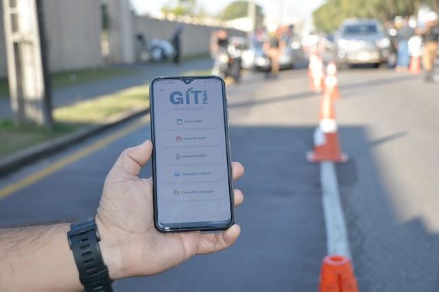 Batalhão de Trânsito utiliza aplicativo que substitui o bloco de multas