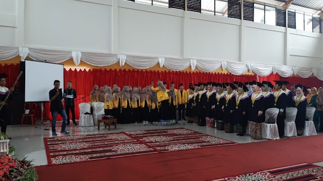 STKIP YAP Payakumbuh Wisuda ke XXXII di GOR Serbaguna Sawah Padang Aur Kuning Payakumbuh