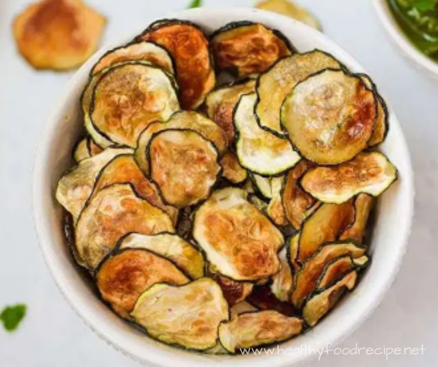 BAKED ZUCCHINI CHIPS