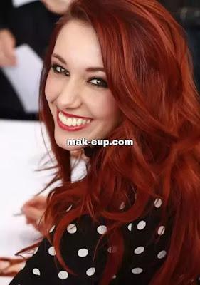 شعر احمر نحاسي