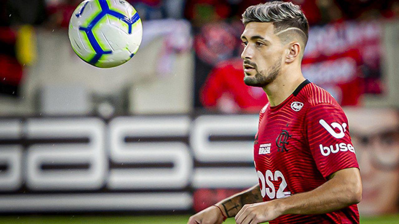 Arrascaeta é o principal nome do Flamengo para a 4ª rodada do Cartola FC