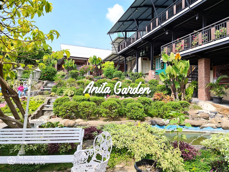 Anita Garden Solo, Cafe Bernuansa Taman yang Instagrammable