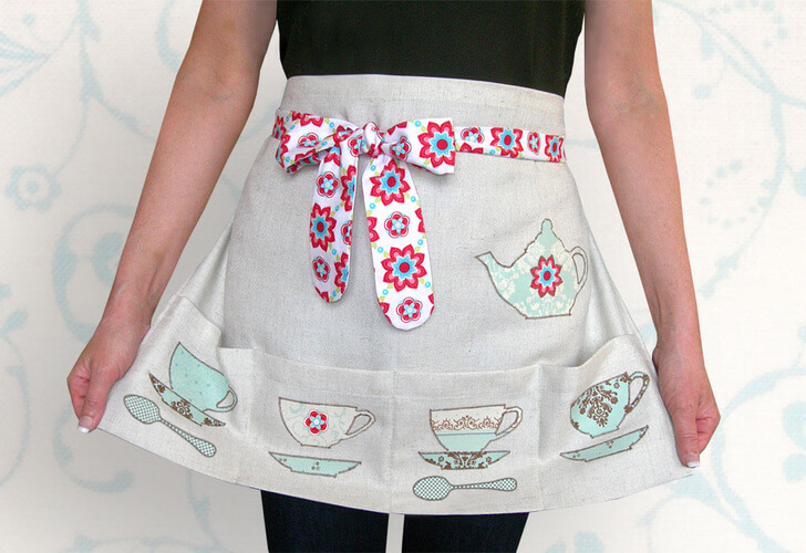 Tea-Time Half Apron